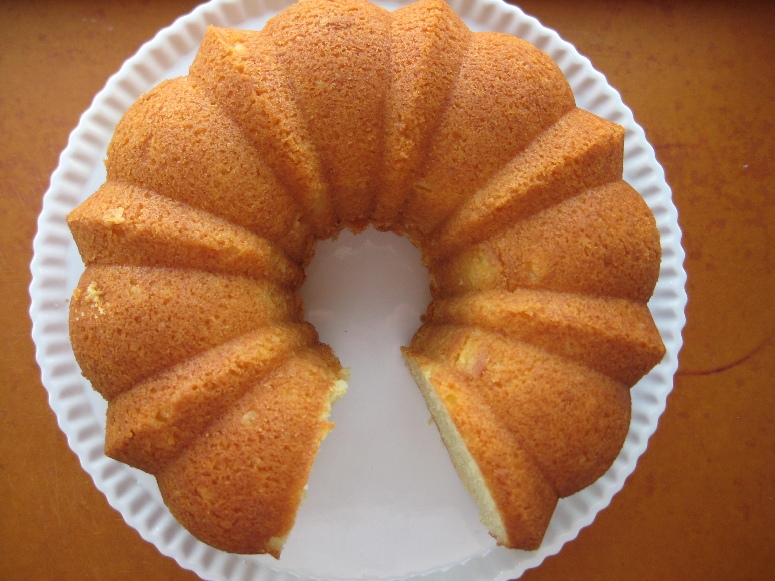 Lady Bird Johnson S Lemon Bundt Cake