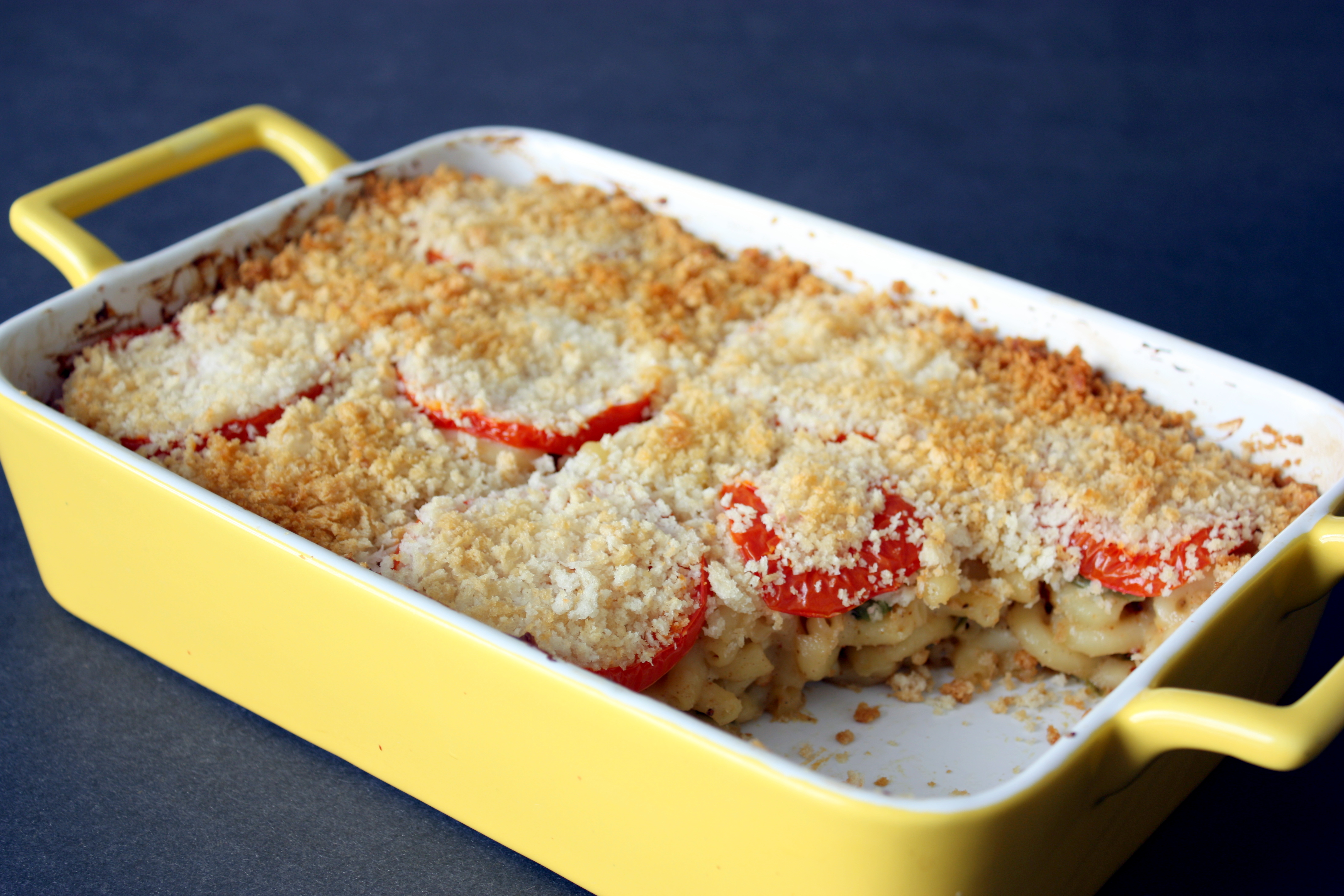 Baked Macaroni and Cheese with a Kick |